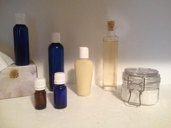 Nanaimo, Canada: All products for massages or purchase ar made on site. All completely all natural. Choose from m