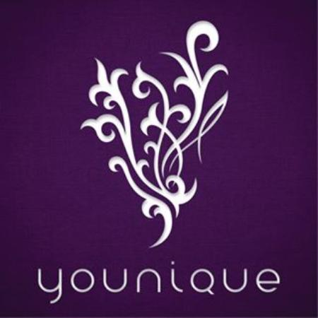 Nanaimo, Canada: Ask about our line we display Younique. See Facebook page as you can order online from our websi