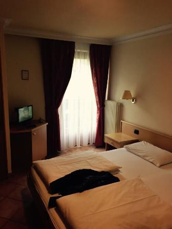 Hotel Garni Rin da Rin : photo0.jpg