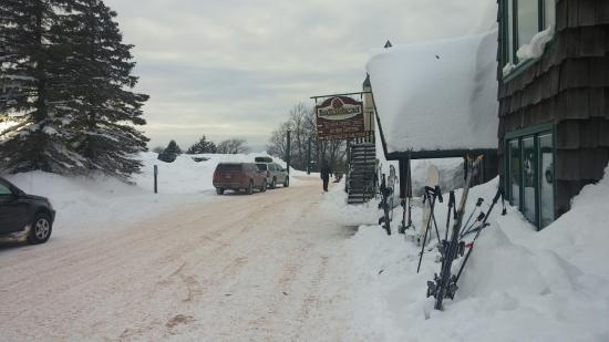 Big Snow Resort : Indianhead Front Entrance