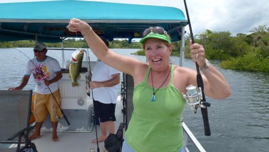 Pesca-Arenosa : Women always skunk us guys...