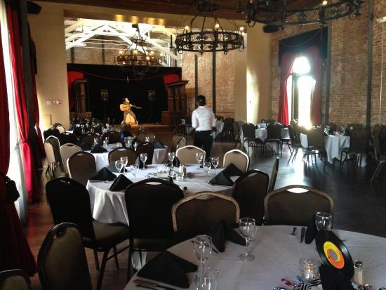 Brewster's Bar & Grill