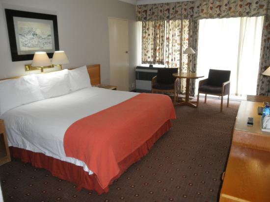 AVANI Maseru Hotel: Room