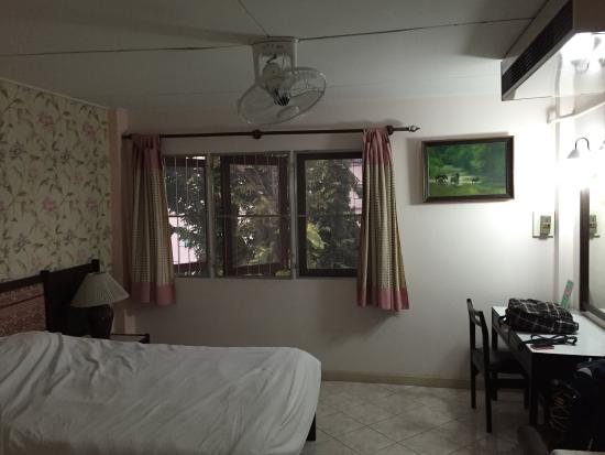Chang Puak Hotel: photo0.jpg