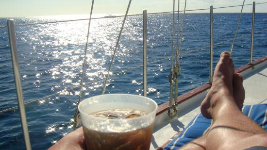 Cozumel Boat Trips : Cuba Libre and sunshine!