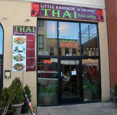 Little Bangkok in the Strip : Thai Home Cooking