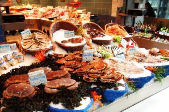 Paris, France: Seafood Extravaganza!