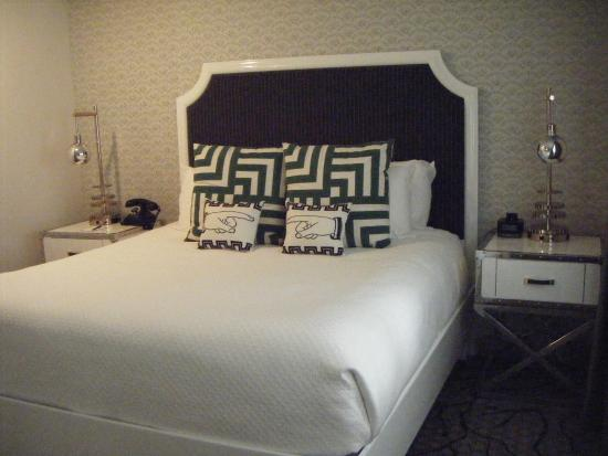 The Carlyle Inn: My room