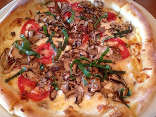 California Pizza Kitchen, Tukwila