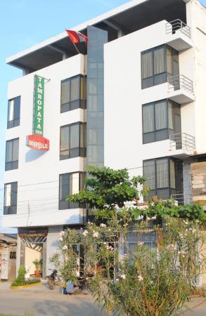 Hostal Tambopata Inn