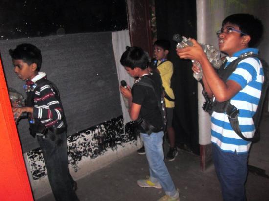 Kids playing laser tag - Picture of Lazer Castle, Bengaluru
