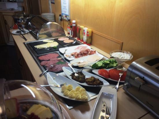 Noris Hotel: Frühstücksbüffet