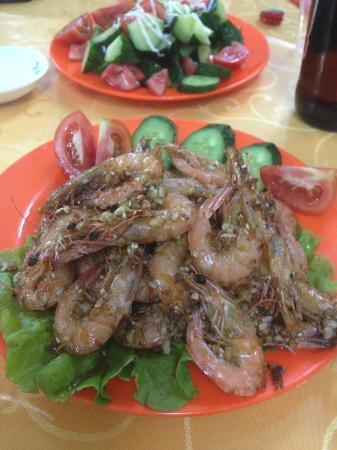 Zhuangji (12 Стульев) Restaurant