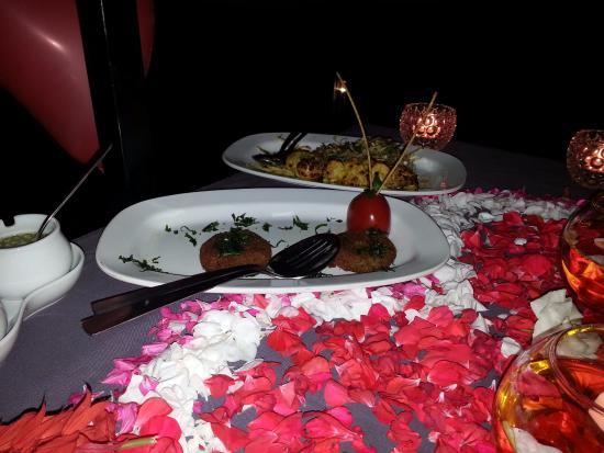 decorated candle light dinner arrangement picture of bella vista rh tripadvisor com