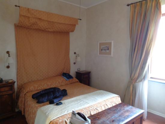 Hotel Clitunno ภาพถ่าย