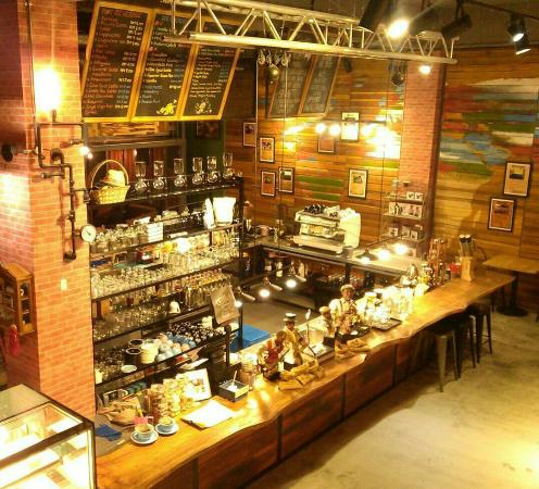 Nice Ambience So So Coffee Review Of The Coffee Factory