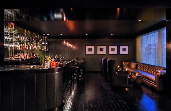 The Ritz-Carlton, Charlotte: Meet and relax in The Punch Room at our hotel