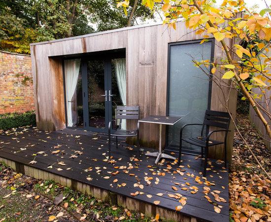 Satis house hotel bewertungen fotos preisvergleich for Executive garden rooms
