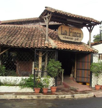 Restaurante La Finca: fachada