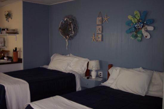 Teaser's Fisherman's Lodge: Room 2