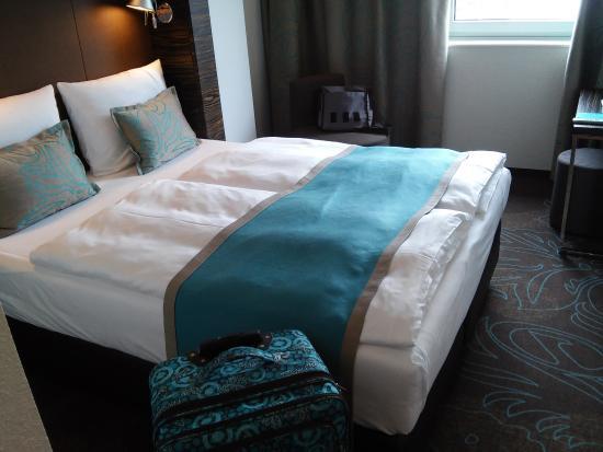 motel one hamburg am michel billede af motel one hamburg. Black Bedroom Furniture Sets. Home Design Ideas