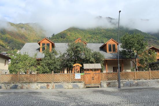 Guest House Svan-Ski в Местии, Грузия.