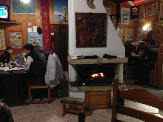 yummy food cooked on this lovely fire picture of hunters borovets rh tripadvisor com