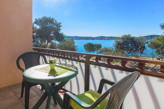 Brodarica, Κροατία: room balcony