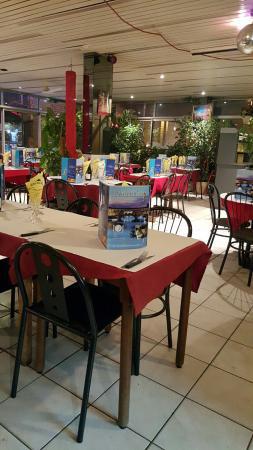 the 10 best restaurants near orangis bois de l 39 epine station evry. Black Bedroom Furniture Sets. Home Design Ideas