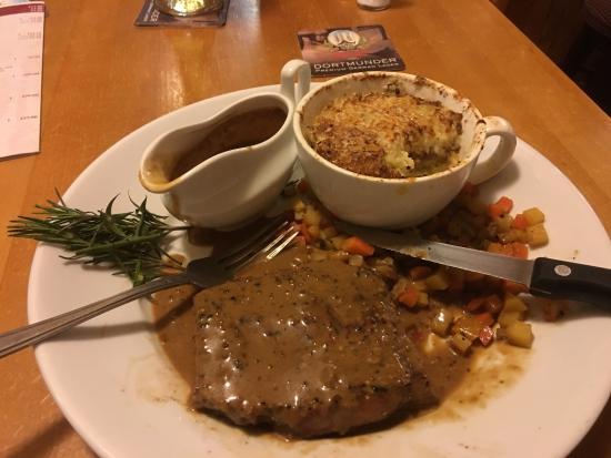 The Atlantic Inn: Local Sirloin Steak, lovely !