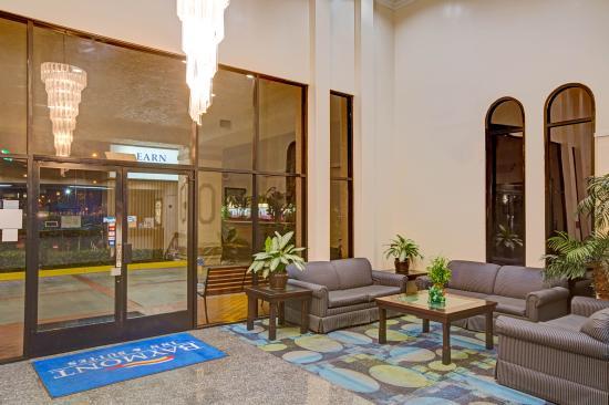 Baymont Inn & Suites - Lax/Lawndale: Lobby - Baymont Inn & Suites Lawndale/LAX
