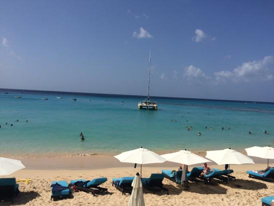 Holetown, Barbados: Superb safe beach, great for young children and swimmers/snorkellers