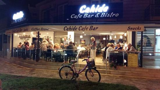 Cahide Cafe Bar