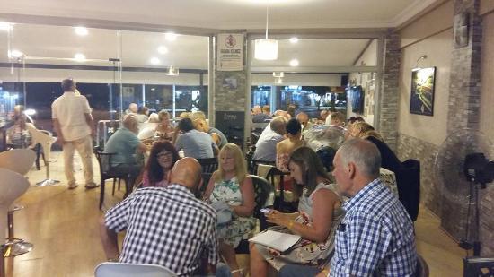 Cahide Cafe Bar