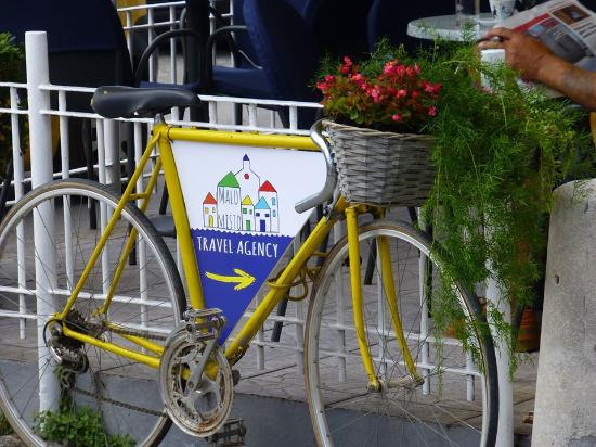 Kastela, Croazia: Yellow bike is our trade mark