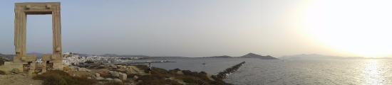 Naxos by, Hellas: panoramica...