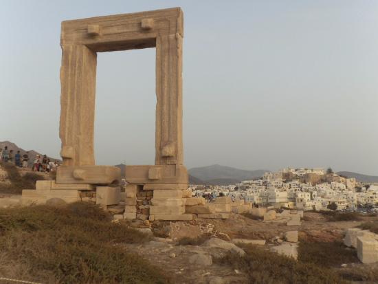 Naxos by, Hellas: domina la Chora...