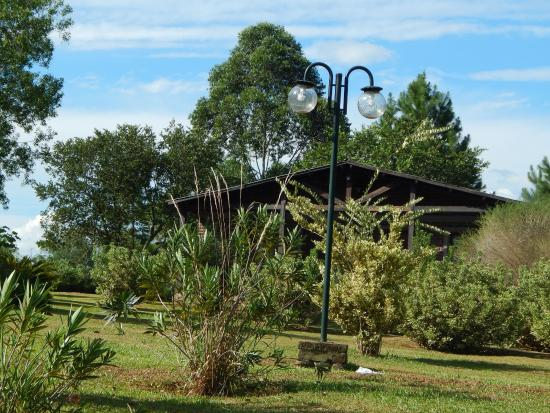 Jardin America, الأرجنتين: Vista de las cabañas