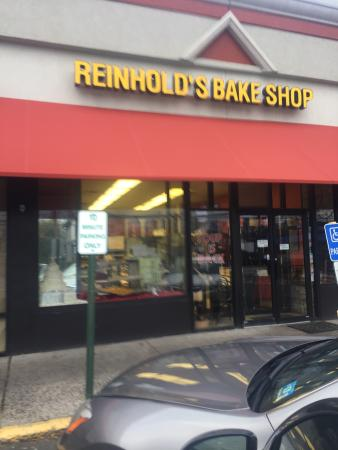 Reinhold's Quality Bakery