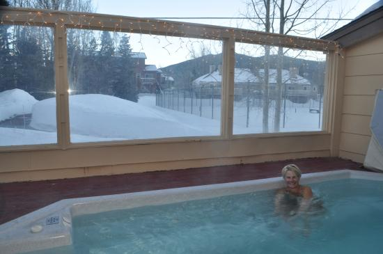 Swan Mountain Resort: Outdoor spa