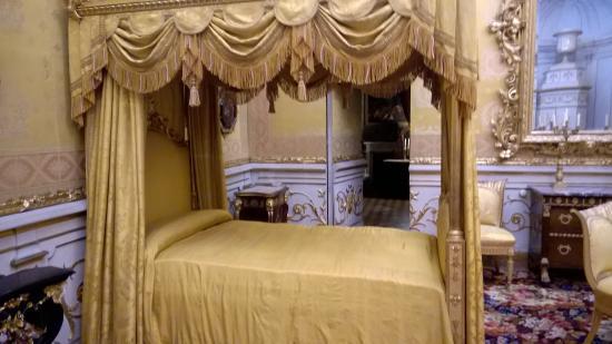 camera da letto del re. letto a baldacchino - picture of palazzo ... - Camera Da Letto Baldacchino