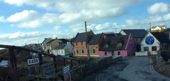 Atlantic View Cottages : Doolin high street