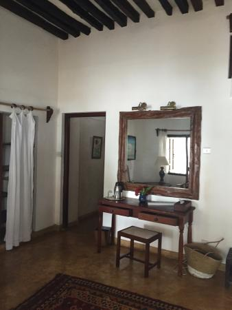 Peponi Hotel: Room 19 Dressing area