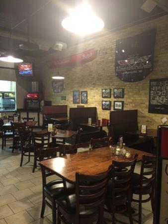 327 Pizza Pub