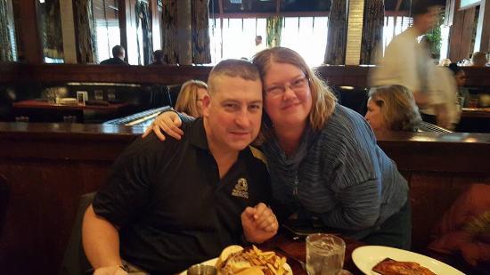 Wildfire - Oakbrook: Family dinner