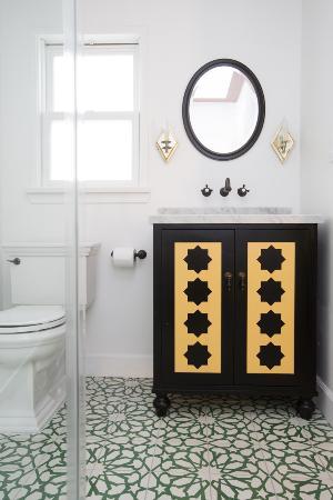 Casa Laguna Hotel & Spa : Garden Room Bathroom