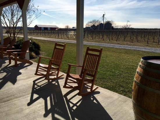 Layton's Chance Vineyard and Winery: Beautiful views of their vineyard