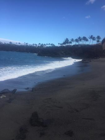 49 Black Sand Beach