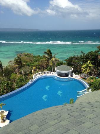 Lingganay Boracay Hotel Resort: Infinity pool