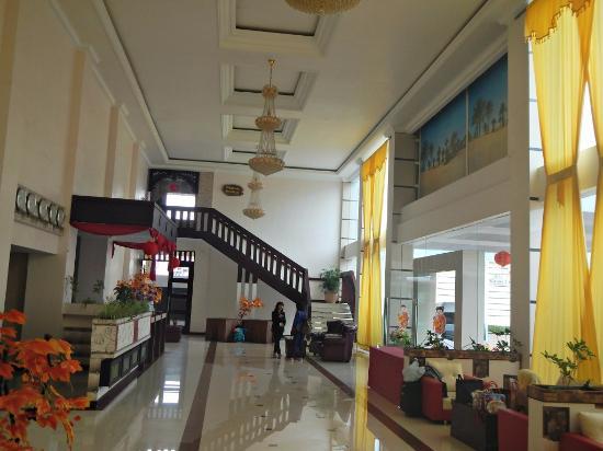 singhasana restaurant picture of hotel grand city batu batu rh tripadvisor co nz
